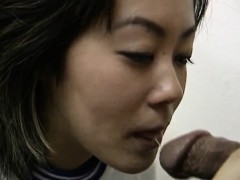 Rie Takasaka has queasy interruption fucked down vibrator at medical